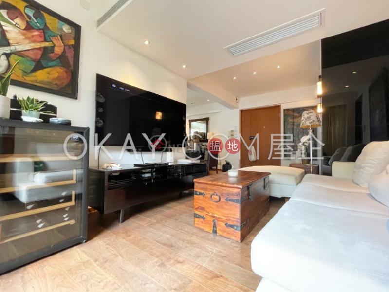 Unique 2 bedroom on high floor with balcony & parking | For Sale, 12 Conduit Road | Western District, Hong Kong | Sales, HK$ 18M