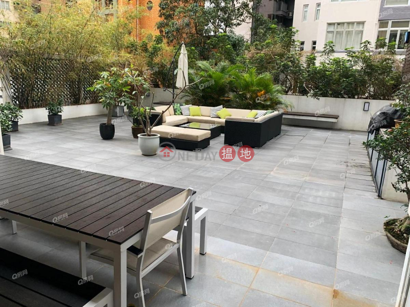 Property Search Hong Kong | OneDay | Residential, Rental Listings | Grand Court | 3 bedroom Flat for Rent