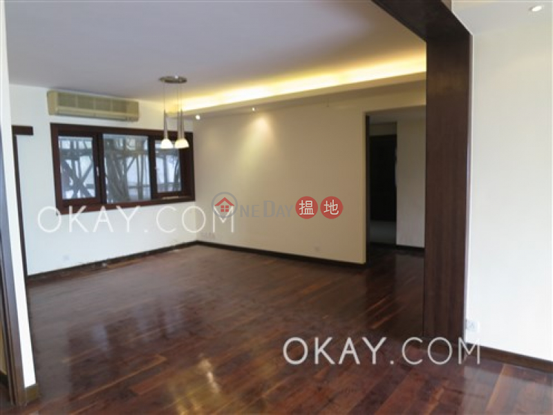 Efficient 3 bedroom with balcony & parking | For Sale | Repulse Bay Garden 淺水灣麗景園 Sales Listings