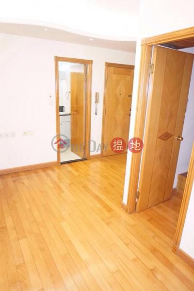 Flat for Rent in Dandenong Mansion, Wan Chai | 379-389 Jaffe Road | Wan Chai District Hong Kong | Rental, HK$ 17,500/ month