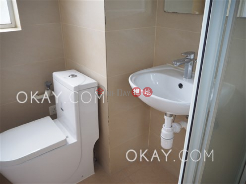 HK$ 70,000/ month Marlborough House, Wan Chai District, Efficient 3 bedroom with rooftop, balcony | Rental