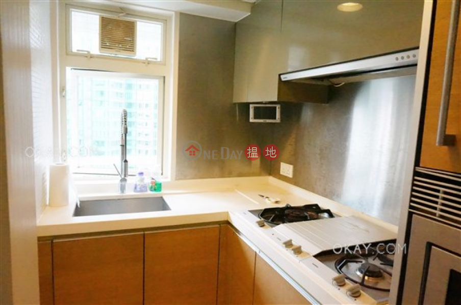 Intimate 2 bedroom on high floor with balcony | Rental 108 Hollywood Road | Central District, Hong Kong | Rental HK$ 28,000/ month