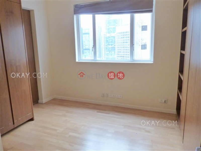 Rare 3 bedroom with balcony & parking | For Sale, 34 Kennedy Road | Central District, Hong Kong | Sales HK$ 35M