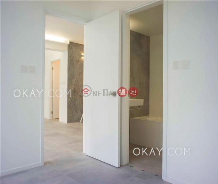 香港搵樓 租樓 二手盤 買樓  搵地   住宅出租樓盤2房2廁,極高層,連租約發售,露台《華興工業大廈出租單位》