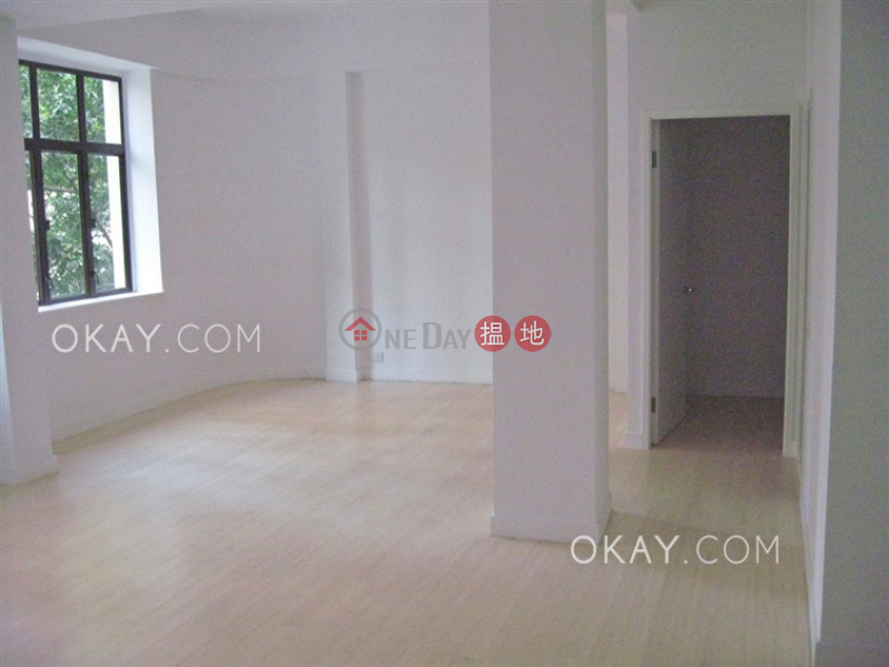Gorgeous 2 bedroom with terrace | For Sale | 27-29 Village Terrace 山村臺 27-29 號 Sales Listings