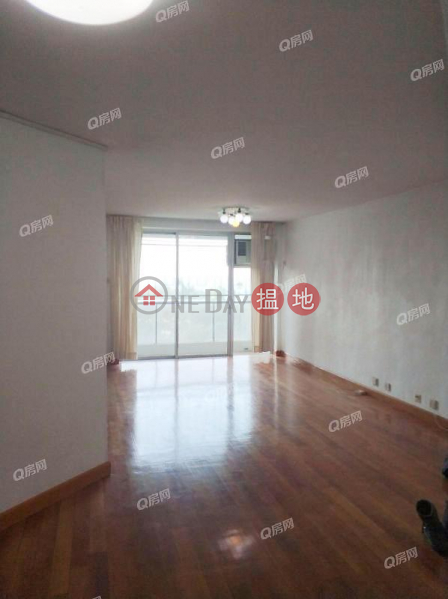 HK$ 45,000/ month | (T-41) Lotus Mansion Harbour View Gardens (East) Taikoo Shing Eastern District (T-41) Lotus Mansion Harbour View Gardens (East) Taikoo Shing | 3 bedroom Low Floor Flat for Rent