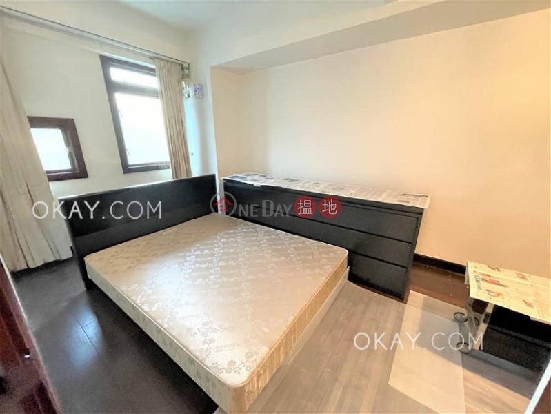HK$ 28,000/ month | Braemar Terrace | Eastern District, Tasteful 2 bedroom with balcony | Rental