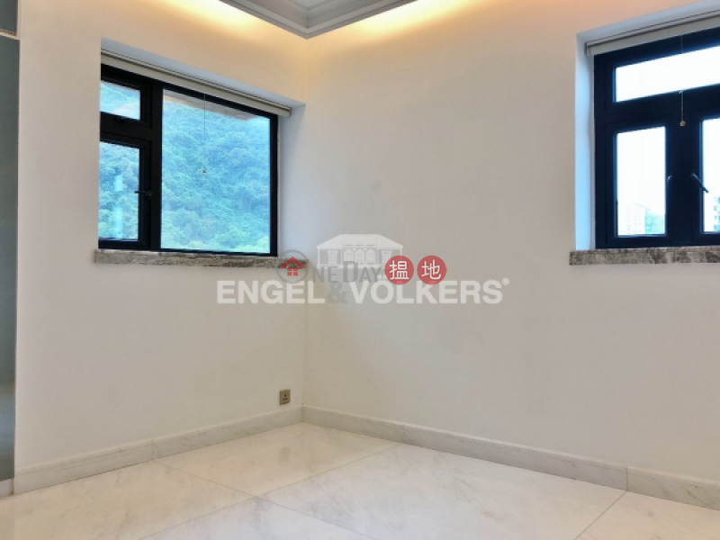 HK$ 48,000/ month | Imperial Court | Western District, 3 Bedroom Family Flat for Rent in Mid Levels West