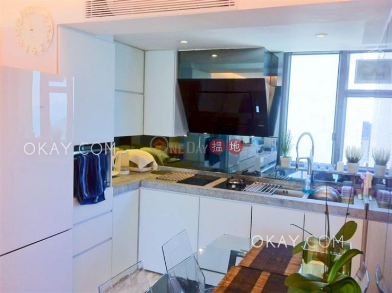 Stylish 2 bedroom on high floor with sea views | Rental | 60 Victoria Road 域多利道60號 Rental Listings