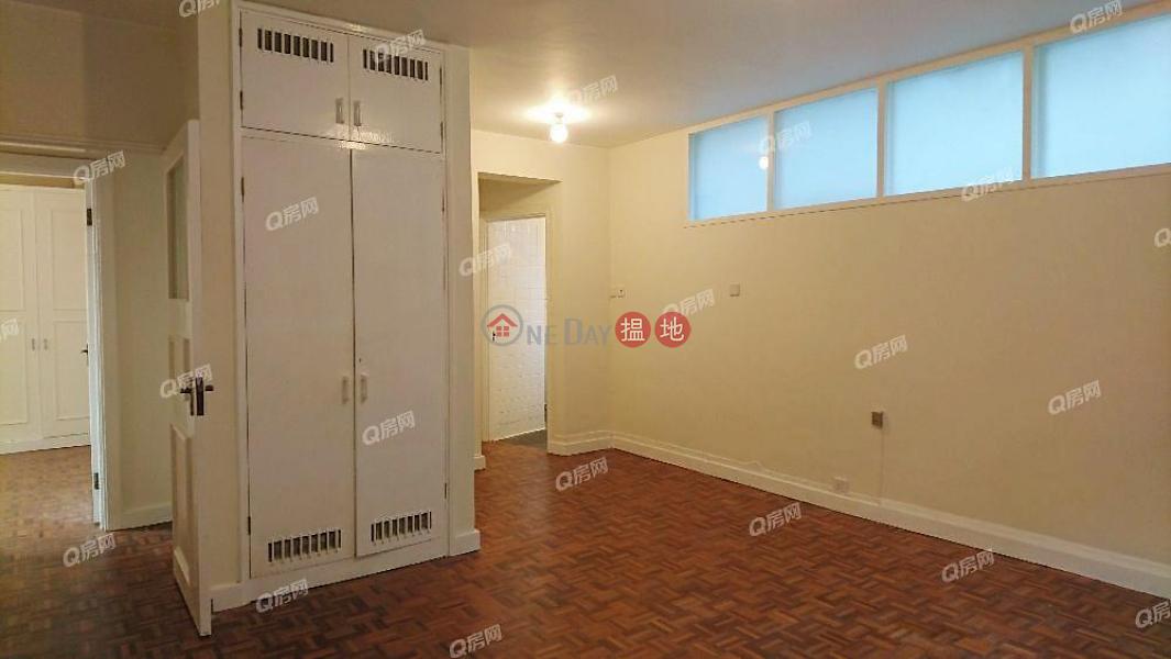 HK$ 82,000/ 月-玫瑰邨西區-地段優越,超大戶型,環境清靜,品味裝修《玫瑰邨租盤》