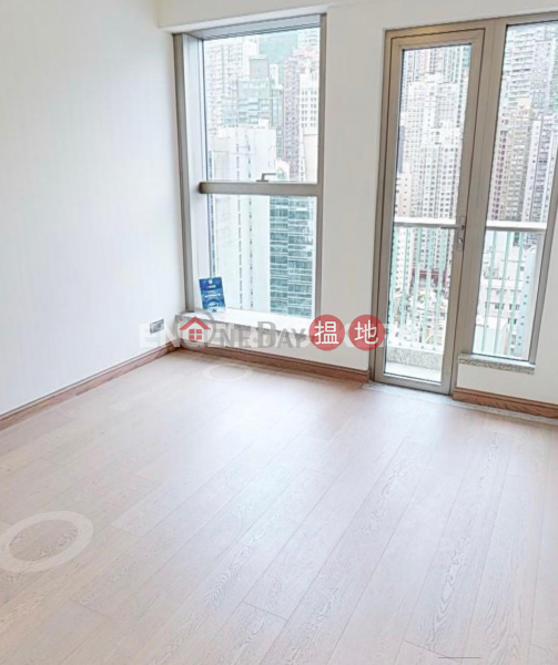 Property Search Hong Kong | OneDay | Residential, Rental Listings | 3 Bedroom Family Flat for Rent in Central