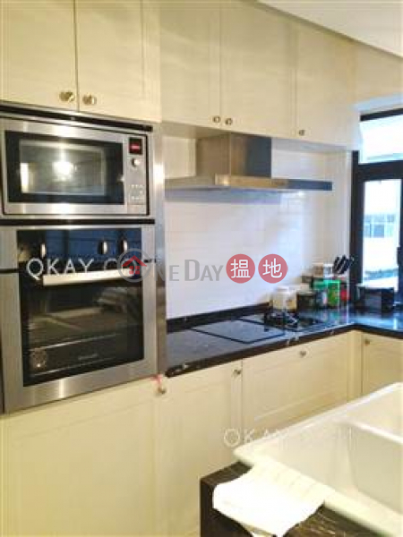 HK$ 42,000/ month Village Tower, Wan Chai District Elegant 1 bedroom with balcony & parking   Rental