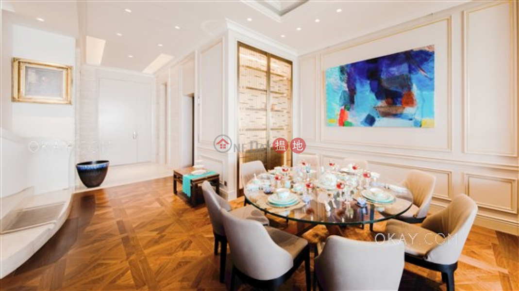 HK$ 868M | No.28 Barker Road Central District Exquisite house with rooftop, terrace & balcony | For Sale