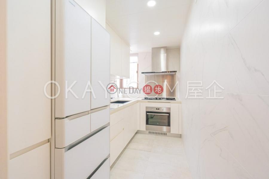 3房2廁,獨家盤,實用率高,極高層信怡閣出售單位 信怡閣(Seymour Place)出售樓盤 (OKAY-S151990)