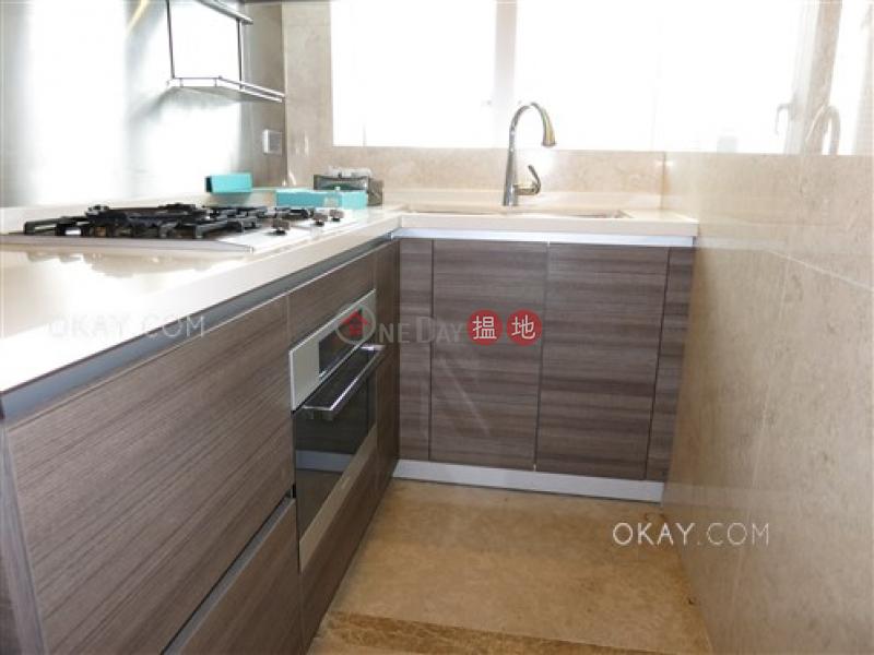 HK$ 3,100萬深灣 3座-南區-2房2廁,實用率高,星級會所,連租約發售深灣 3座出售單位