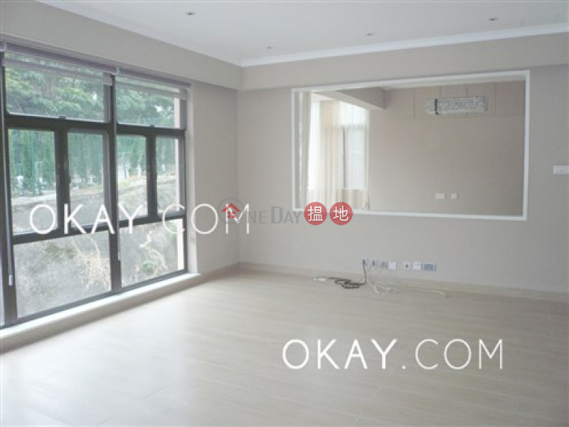 Rare house with rooftop & parking | For Sale | Springfield Gardens 春暉閣 Sales Listings