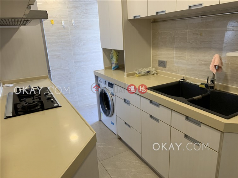 Unique 3 bedroom with sea views & balcony | For Sale | Tower 3 Grand Promenade 嘉亨灣 3座 Sales Listings