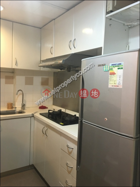 Property Search Hong Kong | OneDay | Residential, Rental Listings A spacious 2-bedroom unit located in Sai Ying Pun