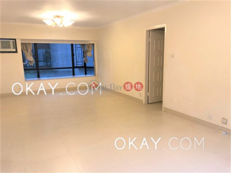 Elegant 3 bedroom with balcony & parking | For Sale | Kingsford Height 瓊峰臺 Sales Listings
