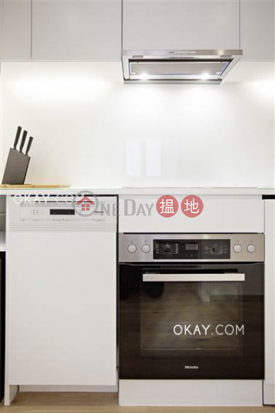 HK$ 43,000/ month, Wing Lok Mansion | Western District | Gorgeous 1 bedroom on high floor with rooftop | Rental