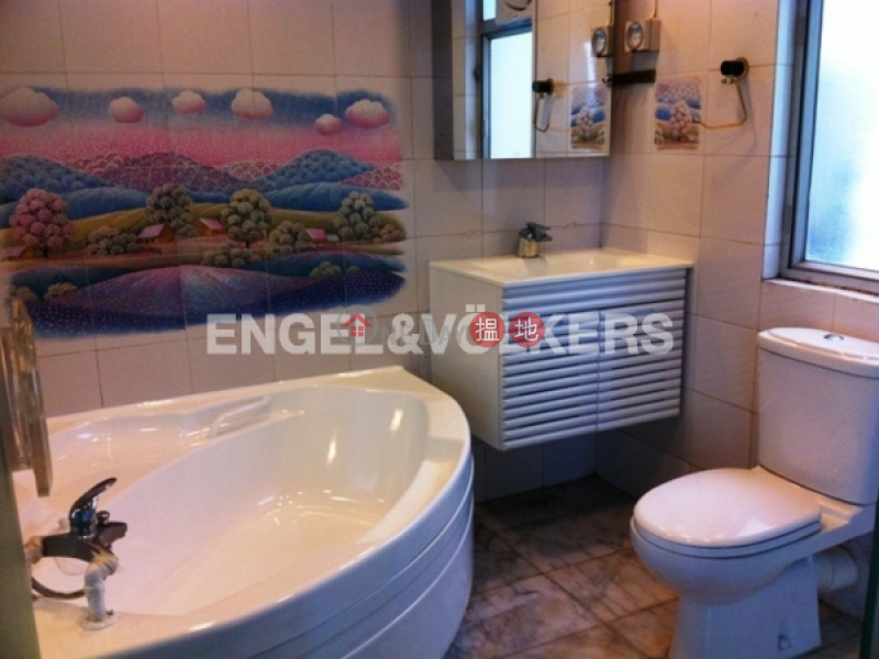 HK$ 54,000/ month, Realty Gardens | Western District | 2 Bedroom Flat for Rent in Mid Levels West