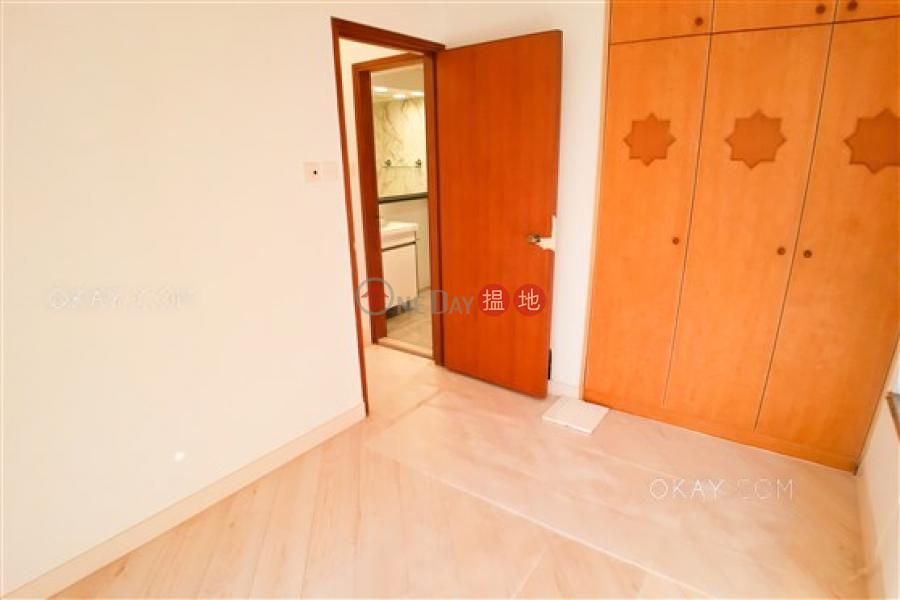 2房1廁,實用率高,極高層《蔚華閣出租單位》 56A干德道   西區 香港出租 HK$ 27,000/ 月