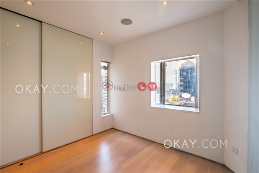 Efficient 3 bed on high floor with balcony & parking | For Sale | Albron Court 豐樂閣 Sales Listings