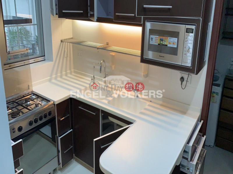 Property Search Hong Kong | OneDay | Residential | Rental Listings, 2 Bedroom Flat for Rent in Central Mid Levels