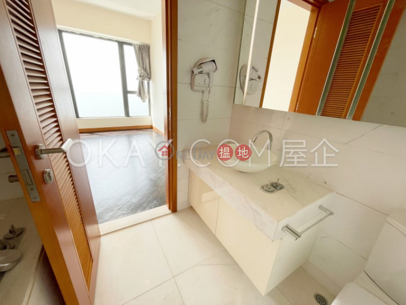 Elegant 2 bedroom with sea views, balcony   For Sale   Phase 6 Residence Bel-Air 貝沙灣6期 Sales Listings