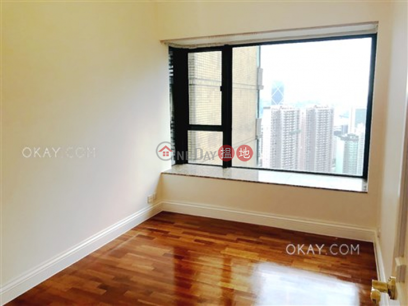 Property Search Hong Kong | OneDay | Residential Sales Listings | Stylish 3 bedroom on high floor with parking | For Sale