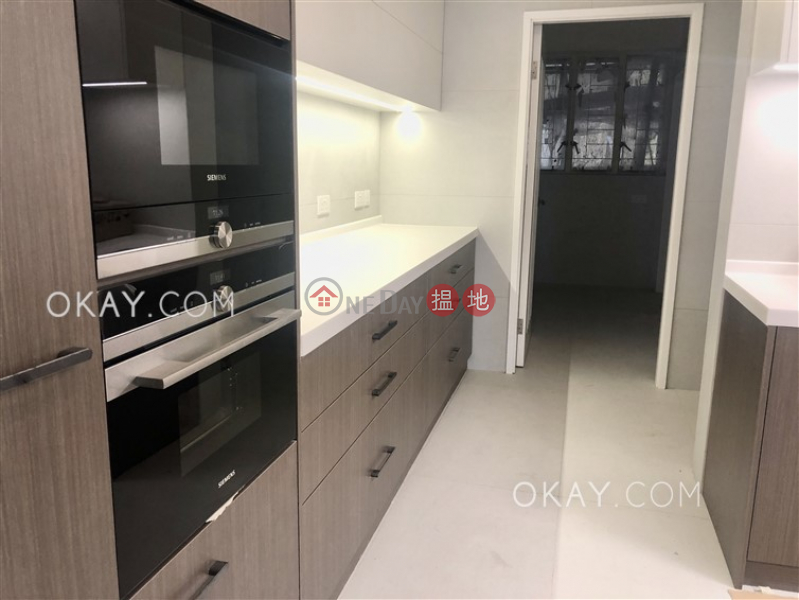 Efficient 4 bedroom with balcony & parking | Rental, 8-9 Bowen Road | Central District | Hong Kong, Rental HK$ 130,000/ month