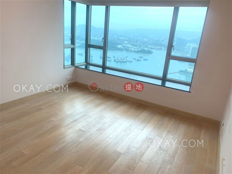 Exquisite 5 bed on high floor with sea views & balcony | Rental | Sorrento Phase 2 Block 1 擎天半島2期1座 Rental Listings