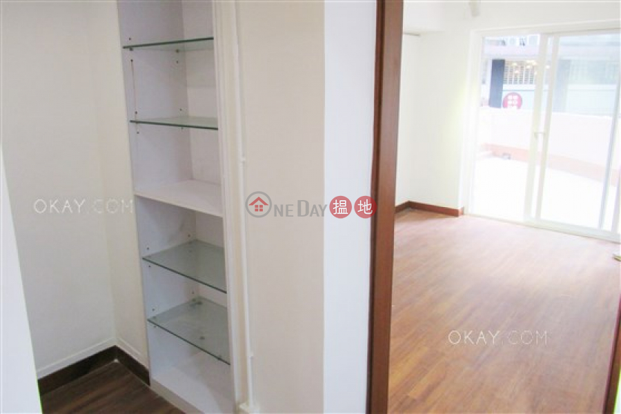 HK$ 25,800/ 月-新豐樓|中區1房1廁,露台《新豐樓出租單位》