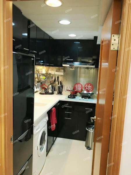 Block 4 Well On Garden | 3 bedroom Mid Floor Flat for Sale | Block 4 Well On Garden 慧安園 4座 Sales Listings