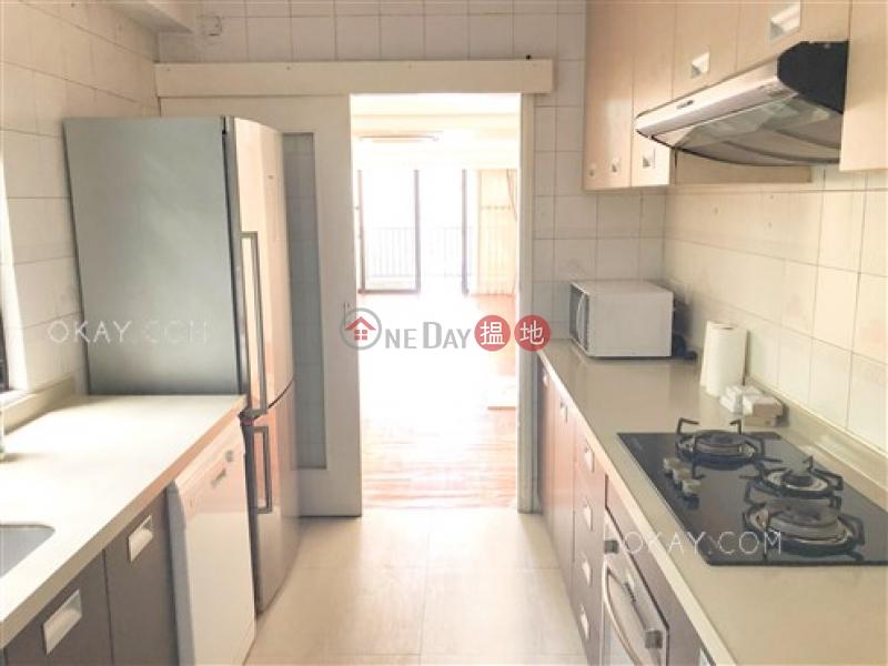 香港搵樓|租樓|二手盤|買樓| 搵地 | 住宅出租樓盤-4房2廁,連車位,露台《福苑出租單位》