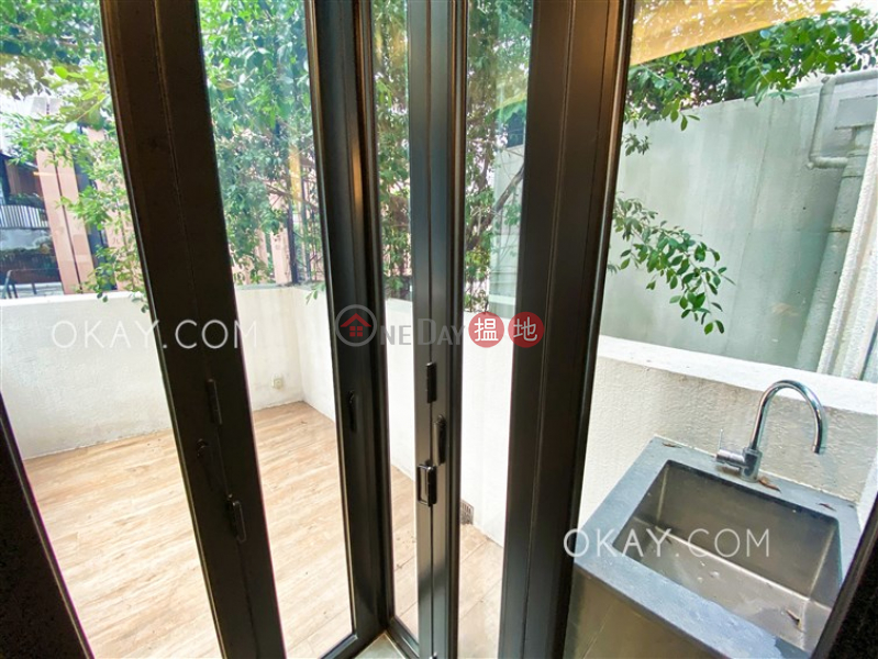 HK$ 38,000/ month, 34-36 Gage Street, Central District Stylish 1 bedroom with terrace | Rental