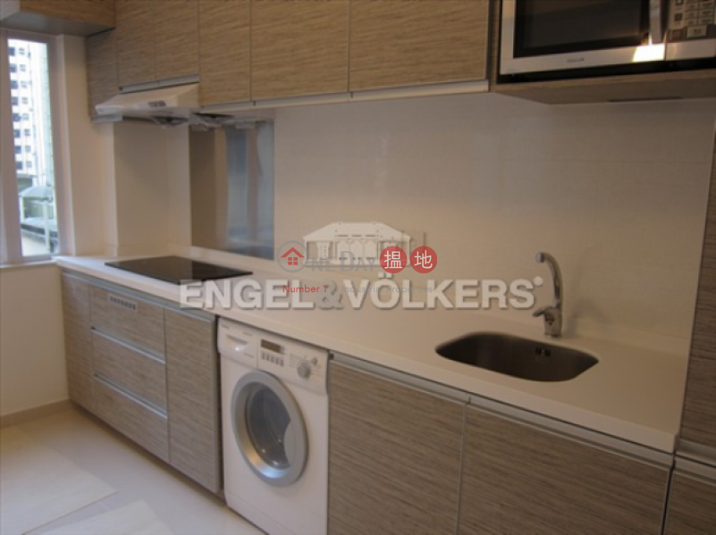 2 Bedroom Flat for Sale in Central Mid Levels | 10 Castle Lane 衛城里10號 Sales Listings