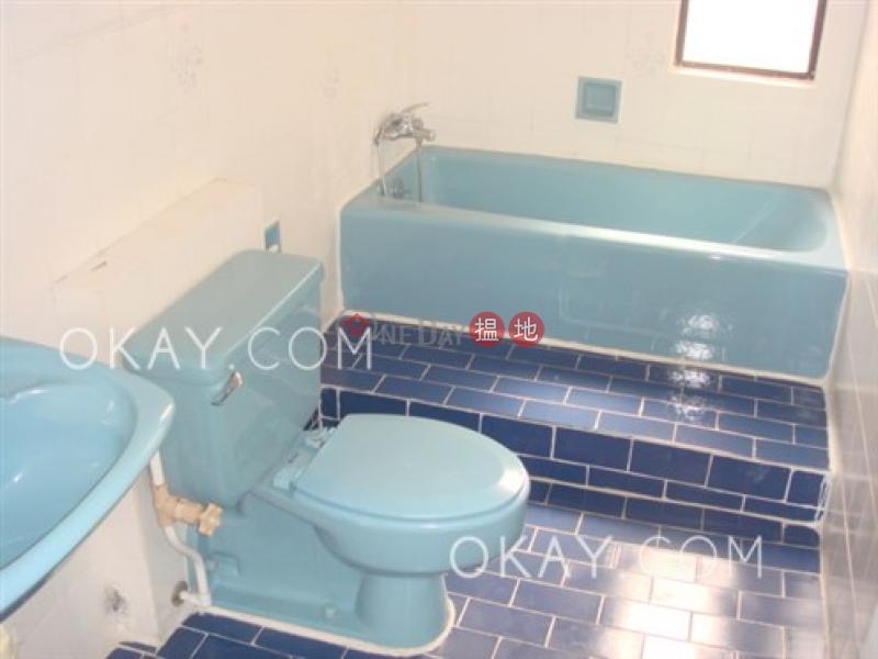 3房2廁,可養寵物,連車位,露台《域多利花園1座出租單位》 域多利花園1座(Victoria Garden Block 1)出租樓盤 (OKAY-R21751)