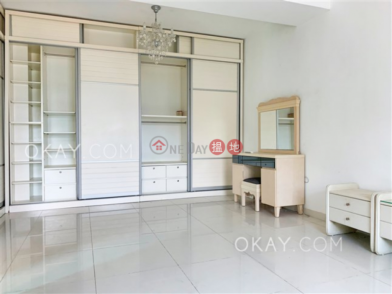 HK$ 42,000/ month, Fortune Garden Tai Po District Rare house with sea views, rooftop & terrace | Rental