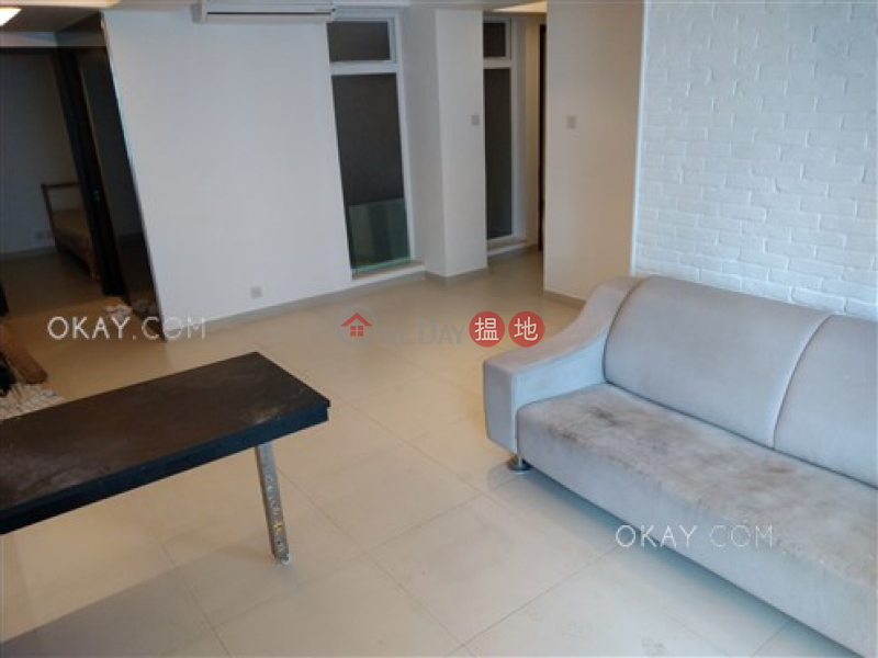 Gorgeous 3 bedroom with balcony | For Sale | 482 Hennessy Road | Wan Chai District, Hong Kong, Sales | HK$ 11.8M