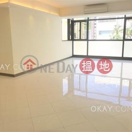 Elegant 3 bedroom with parking | For Sale