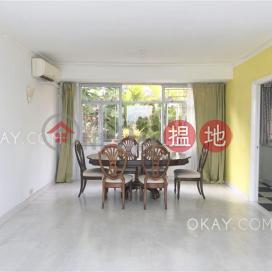 Elegant house with sea views, terrace & balcony | Rental