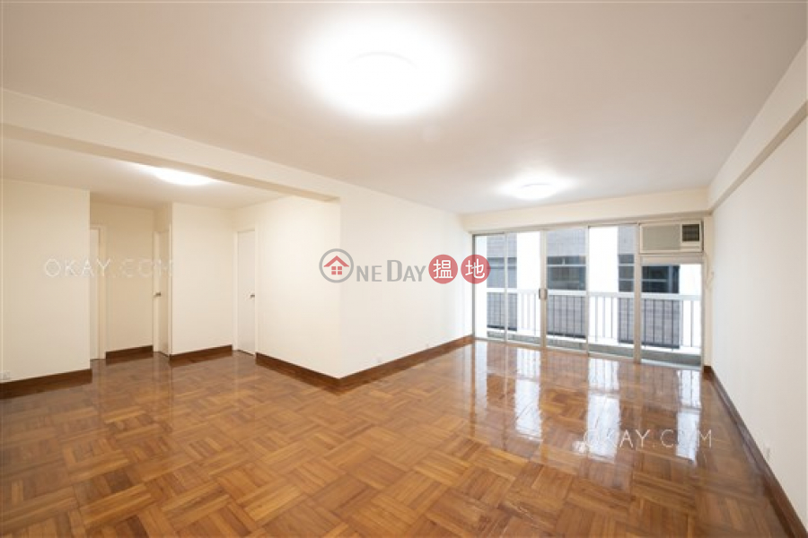 Efficient 3 bedroom with balcony & parking | For Sale | 39 Kennedy Road | Wan Chai District | Hong Kong Sales HK$ 27M