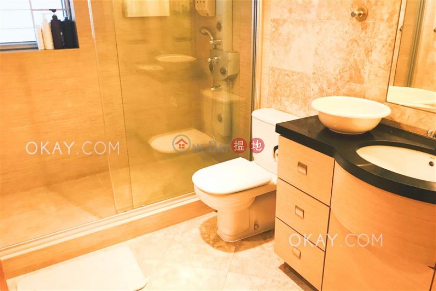 香港搵樓|租樓|二手盤|買樓| 搵地 | 住宅出租樓盤|4房3廁,星級會所,連車位,露台《漾日居2期5座出租單位》
