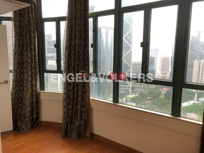 HK$ 30M, Estella Court, Central District | 3 Bedroom Family Flat for Sale in Central Mid Levels