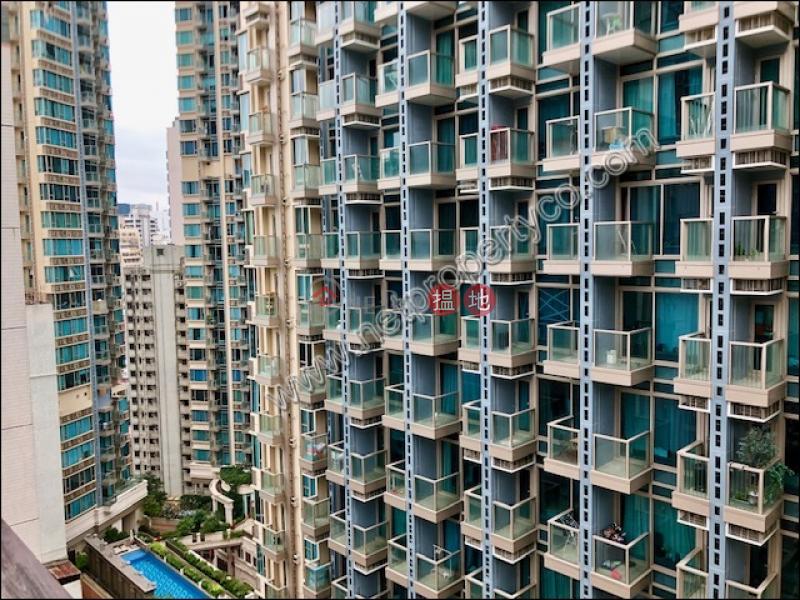 廣泰樓2-10汕頭街 | 灣仔區|香港|出租|HK$ 18,500/ 月