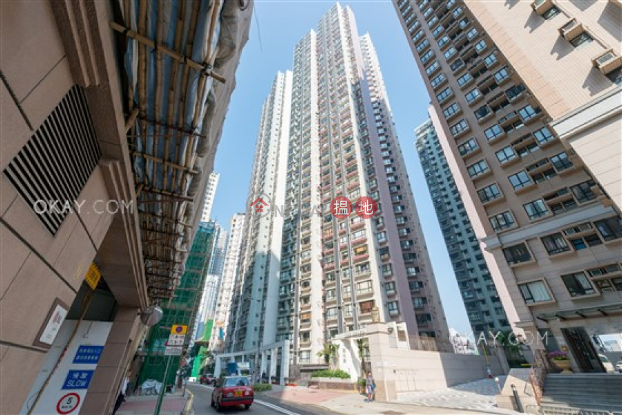 HK$ 20M   The Grand Panorama   Western District Elegant 3 bedroom in Mid-levels West   For Sale