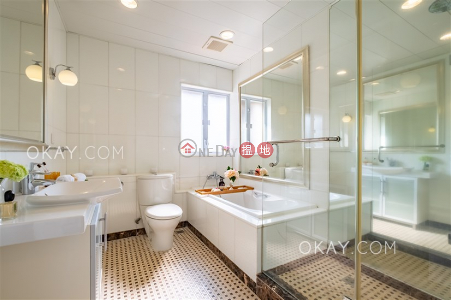 Property Search Hong Kong | OneDay | Residential | Rental Listings | Luxurious penthouse with rooftop & parking | Rental