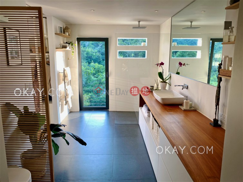 HK$ 20.8M King Ying House (Block D) King Shan Court, Wong Tai Sin District | Popular house with rooftop, terrace & balcony | For Sale