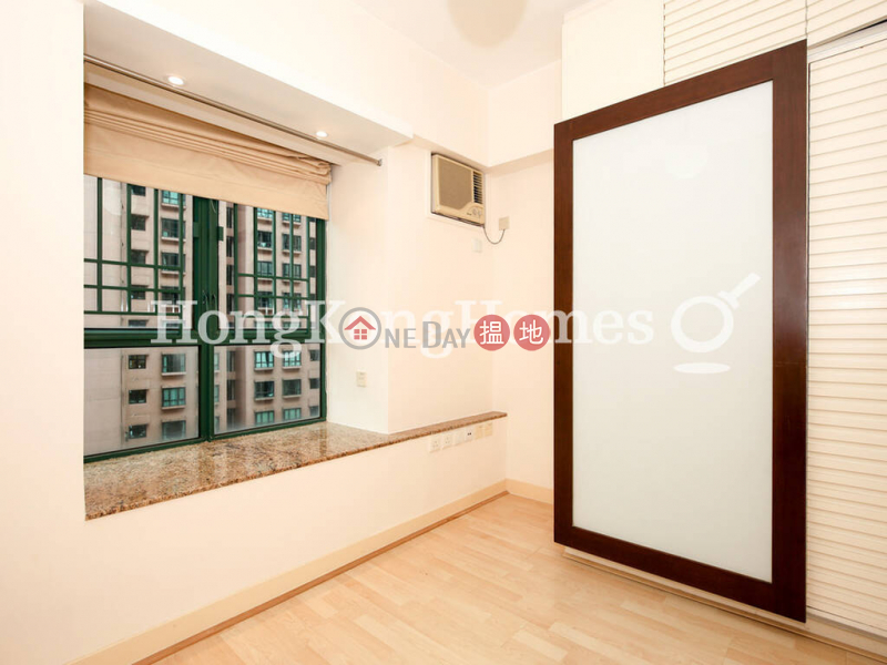 HK$ 36,000/ month Hillsborough Court Central District, 2 Bedroom Unit for Rent at Hillsborough Court